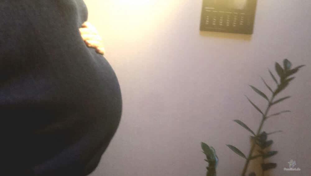 Schwangerbauch 36. Schwangerschaftswoche | familiert.de