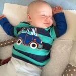 Kind schläft | familiert.de