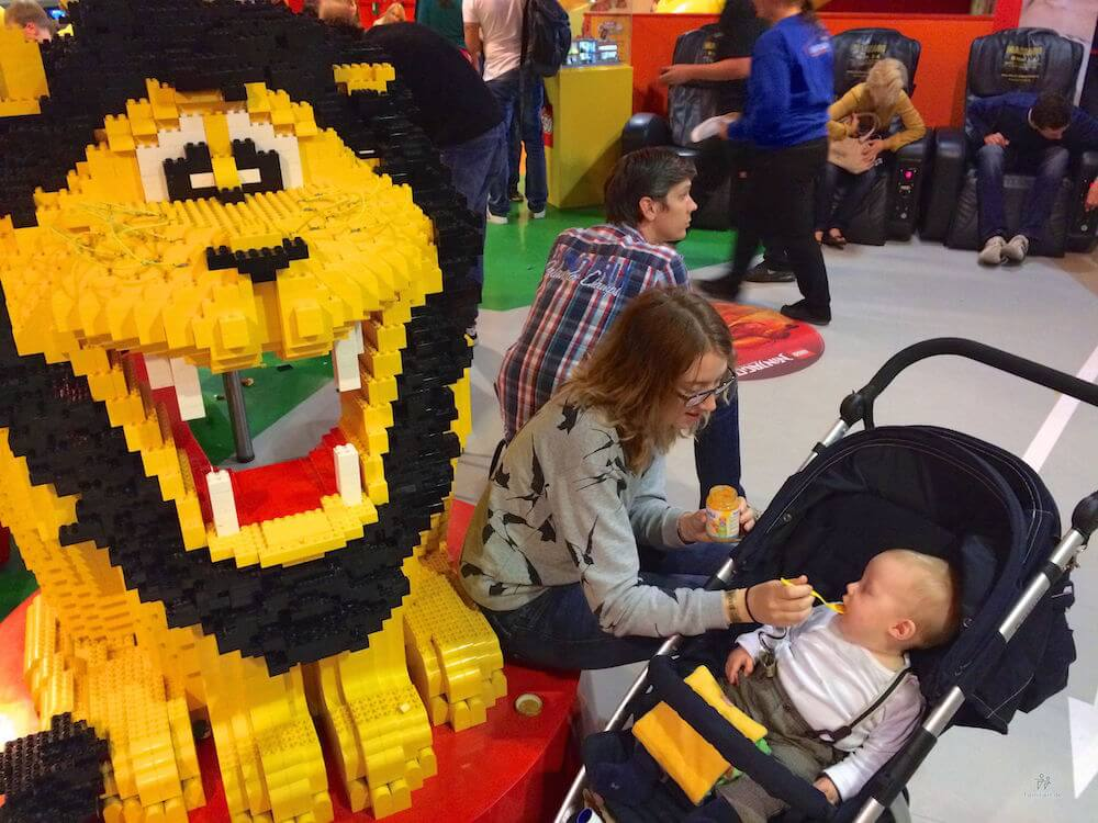 Baby im Lego Discovery Center | familiert.de
