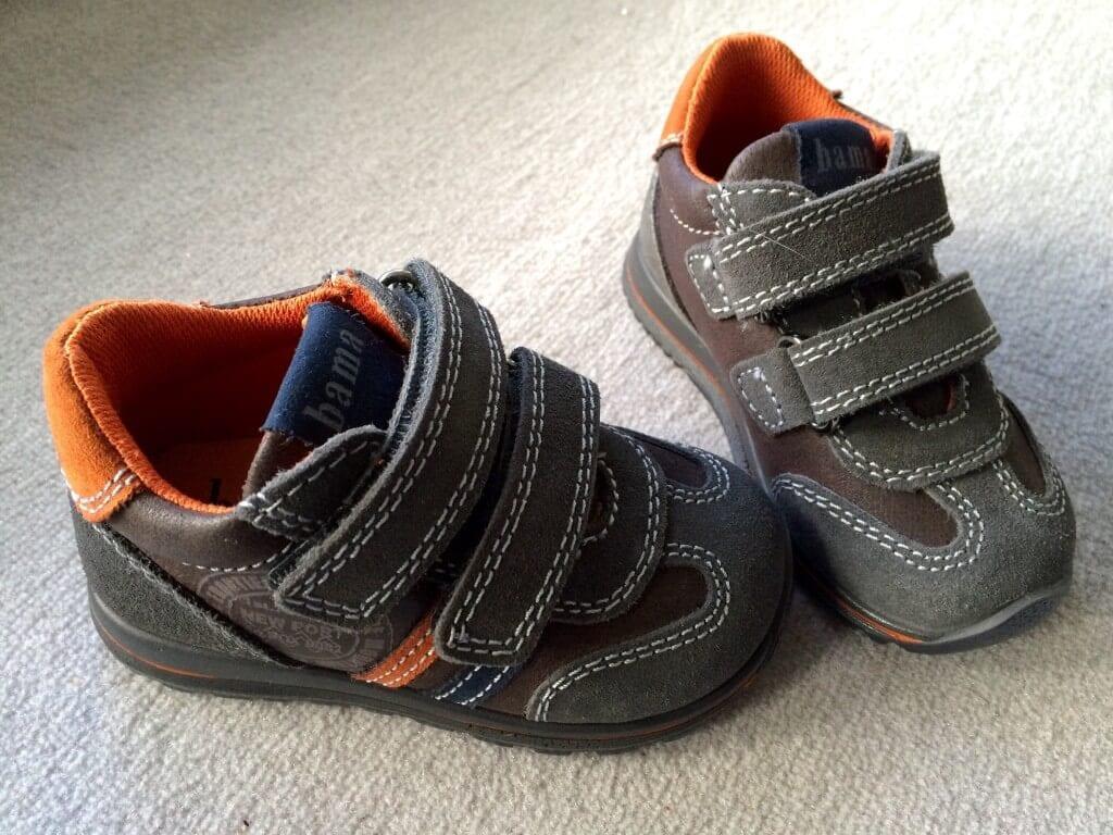 Die ersten Schuhe | familiert.de