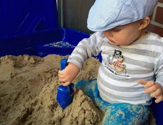 Matrose im Sandkasten | familiert.de