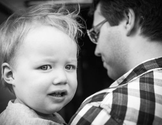 Papa mit Kind | familiert.de