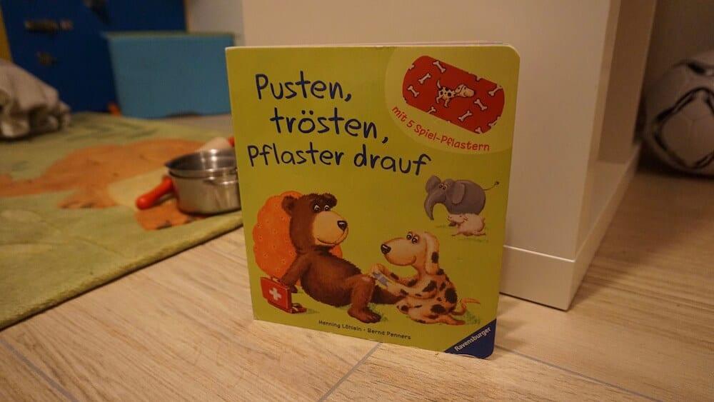 Pusten, trösten, Pflaster drauf | familiert.de