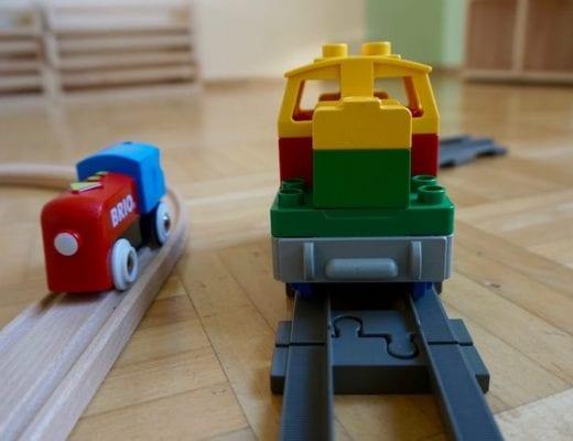 BRIO vs Lego