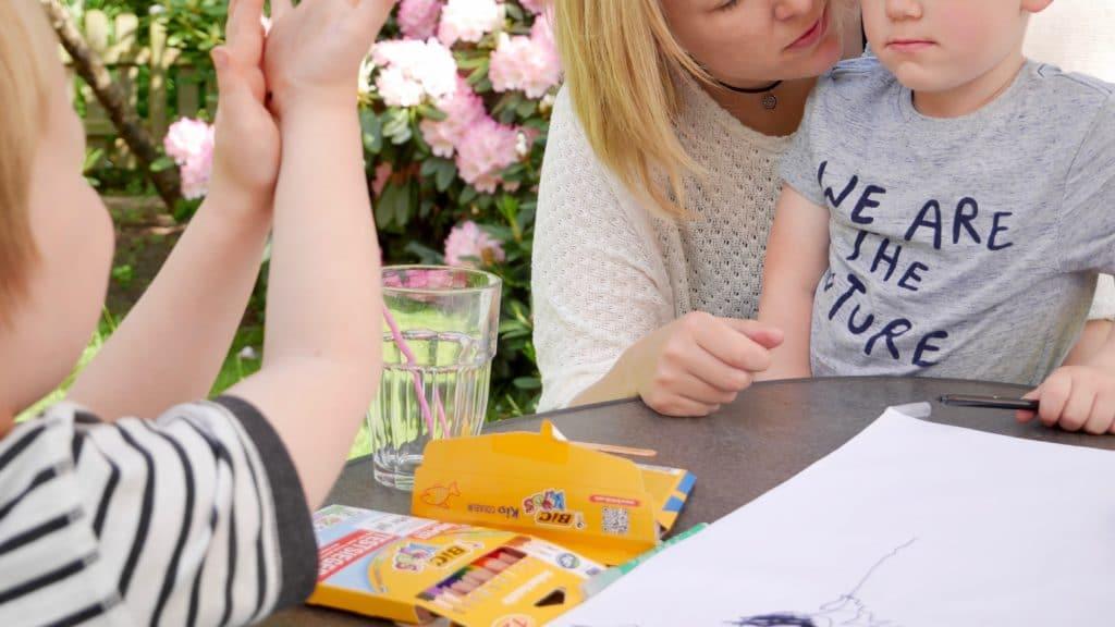 Malen verbindet alle Generationen #BICqualitytime - familiert.de