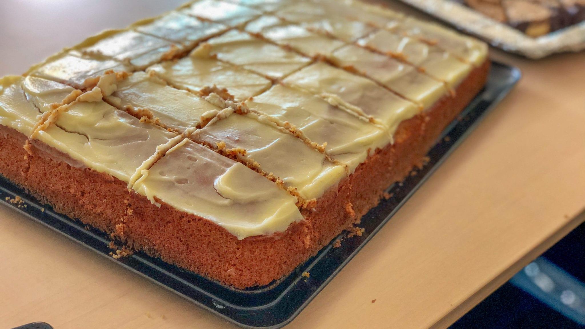Schwedischer Karottenkuchen | familiert.de